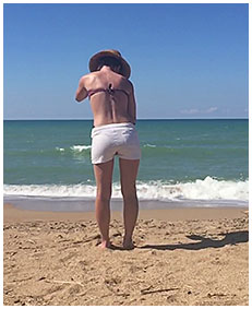shorts on the beach wetting 01