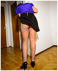 Drunk girl pantyhose