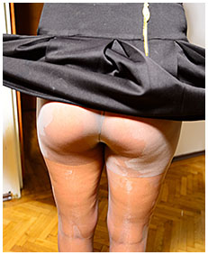 drunk girl wetting pissing pantyhose drunk piss 02
