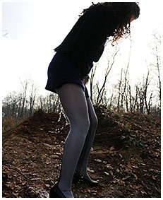 pantyhose oops with sara 04