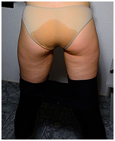 putting on her shoes claudia pisses her black tights 104