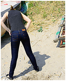 tight jeans wetting with claudia on the beach 00