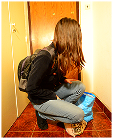 debbie wets her jeans in the hallway 04