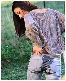 horny girl wets her jeans on purpose jeans wetting 00