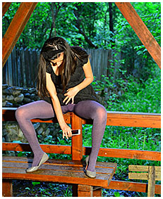 debbie live streams her pantyhose wetting 05