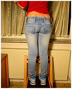 she pisses her jeans pissing desperation she is wetting herself 05