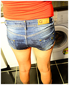 erica wets her jeans hotpants over the kitchen sink 00
