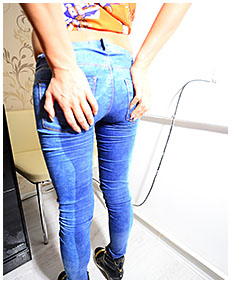 jeans wetting on facetime 01