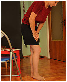 julia wets her office skirt peeing into her pantyhose 05