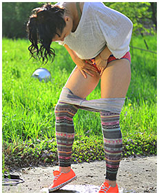 jump rope wetting tights 03