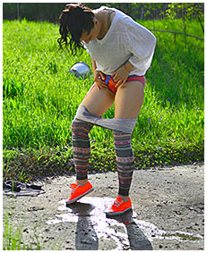 jump rope wetting tights 04