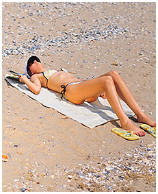 natalie wets her swimsuit on the beach then lies down all pissed to dry in the sun 03