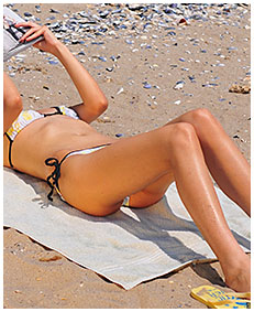 natalie wets her swimsuit on the beach then lies down all pissed to dry in the sun 04