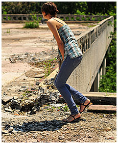 she is wetting her jeans 04