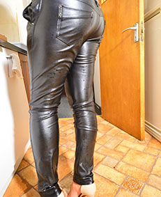 faux leather pants wetting 00