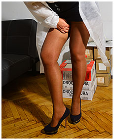 contruction inspection pissed pantyhose 00