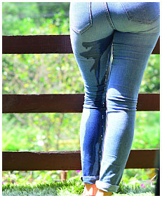 she just pissed her jeans 01