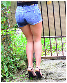 jeans shorts about to piss herself 02