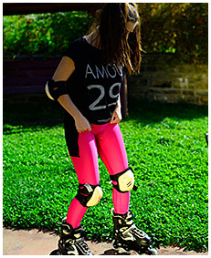 purple tights piss rollerblading girl wets her tights accident wetting 01