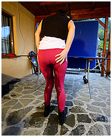 dee plays ping pong with wet pants she has pissed herself 03