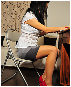 office assitant antonia pisses herself wetting her dress pantyhose piss 05