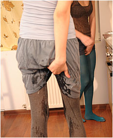 Natalie wetting  00000025 pantyhose skirt