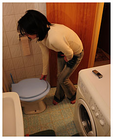 alice got too late to the toilet she filled her jeans with piss 7913