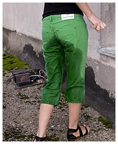 alice pisses herself wetting her green pants6