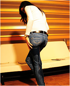 antonia 4 pissing tight jeans 1.JPG