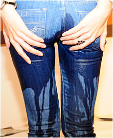 antonia 4 pissing tight jeans 2.JPG