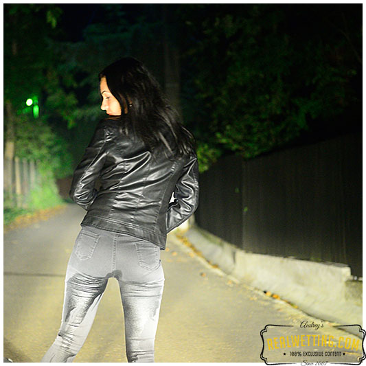 Antonia road side accident wetting her black jeans on the side of the road pissing herself