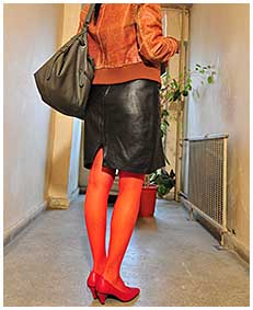 Bianca pisses herself wetting red stockigns and leather skirt
