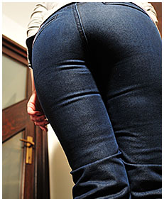 pissing in her jeans and pantyhose accident wetting herself pissing jeans wetting her pantyhose and jeans 00
