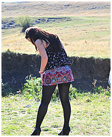 dee pees herself pantyhose pissed dress pissed herself while walking desperate 00