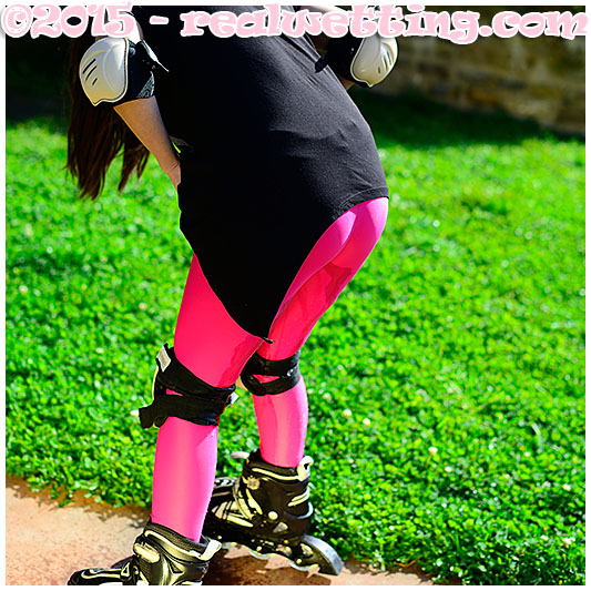wetting pink tights while rollerblading female desperation afraid pissing wetting pee urine full bladders
