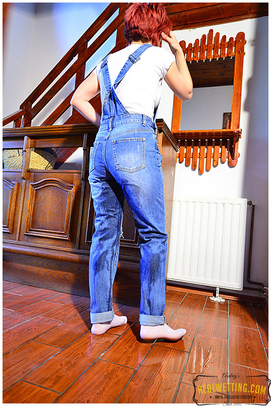 She kept on leaking until her bladder was empty but her overalls pissed