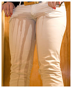 dominika wetting white jeans 013