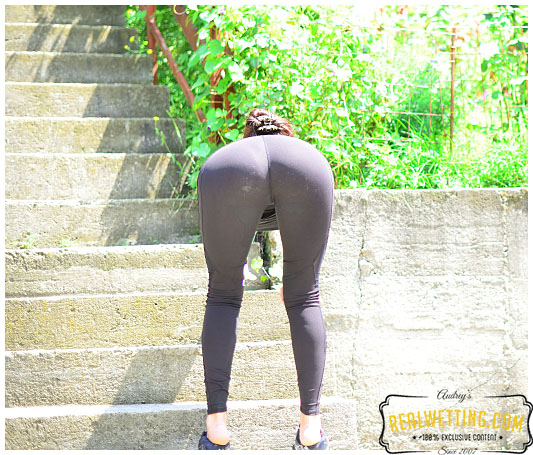 Black tights dont show the wet patch between your legs when you piss into your running gear