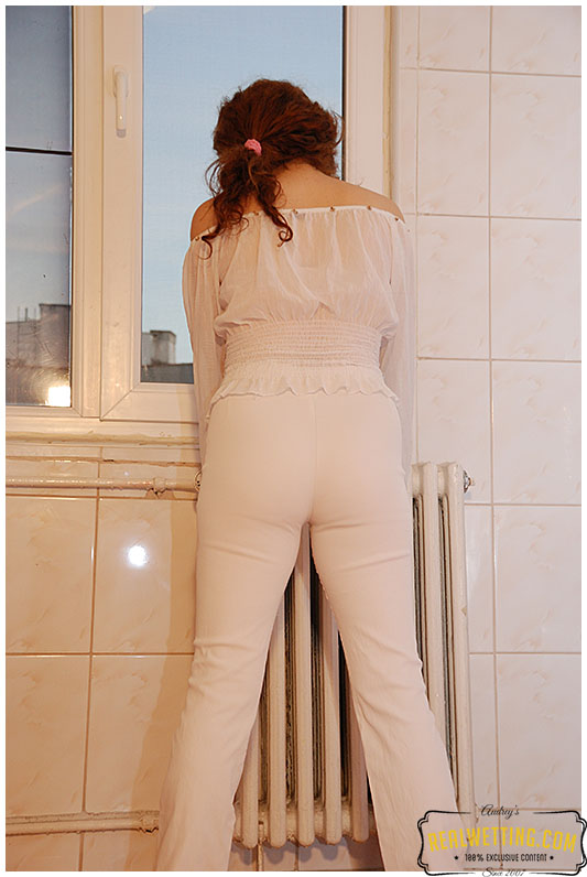 Deliberate white pants wetting from Laura