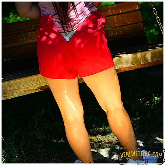 Lola strong gush in shorts on the swing