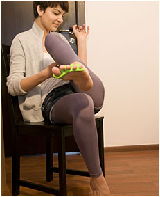 natalie doing her nails and wetting her pants and tights 0026