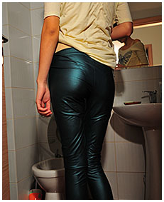 natalie pees her body and shiny tights 04