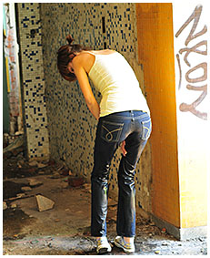 natalie wets her jeans in an abandoned building 03