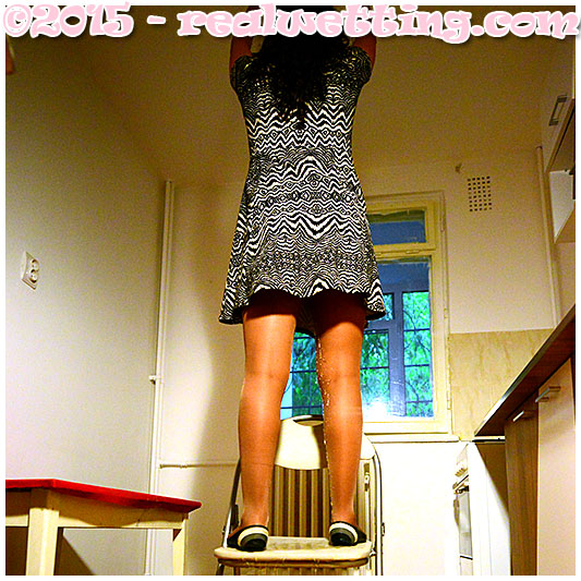 Lycra pantyhose pissing accident, girl urinates herself in lycra pantyhose