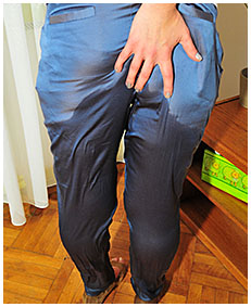 Pissing in blue satin loose pants with Valerie